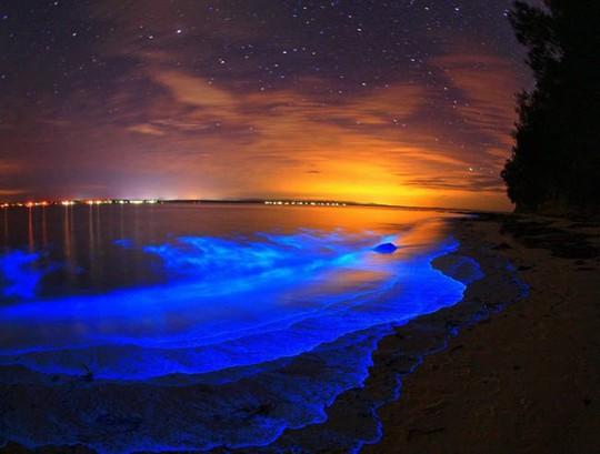 Những bãi biển lạ nhất thế giới ai cũng muốn đến một lần - Ảnh 1.