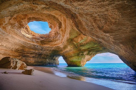 Những bãi biển lạ nhất thế giới ai cũng muốn đến một lần - Ảnh 10.