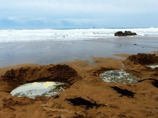 Những bãi biển lạ nhất thế giới ai cũng muốn đến một lần - Ảnh 13.