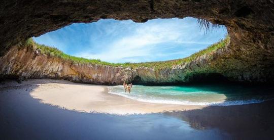 Những bãi biển lạ nhất thế giới ai cũng muốn đến một lần - Ảnh 5.