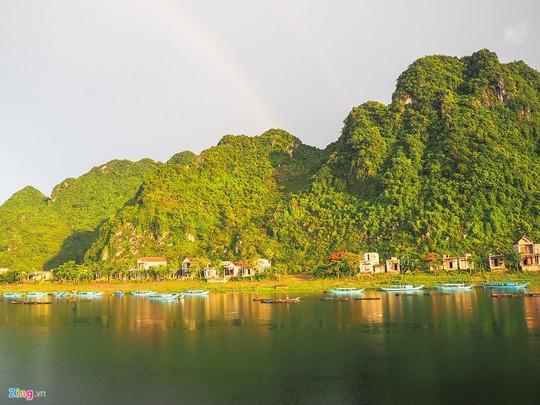 Lịch trình du lịch Quảng Bình dưới 2 triệu cho 2 ngày cuối tuần - Ảnh 1.
