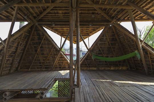 Ngôi nhà bằng tre đoạt nhiều giải thưởng kiến trúc thế giới - Ảnh 14.