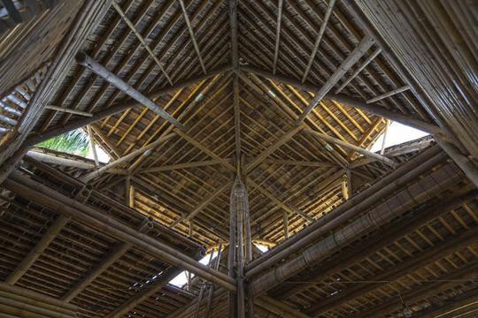 Ngôi nhà bằng tre đoạt nhiều giải thưởng kiến trúc thế giới - Ảnh 16.