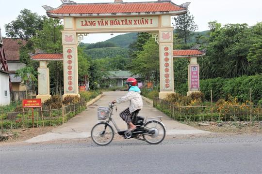 Vụ lạm thu ở Quảng Trị: Yêu cầu chấm dứt, trả lại tiền cho dân - Ảnh 1.