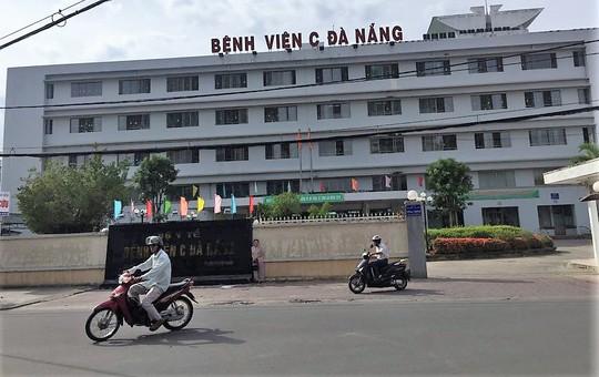 Bệnh viện C Đà Nẵng kê đấu thầu lố hàng trăm tỉ đồng - Ảnh 1.