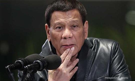 Ông Duterte không gửi quân tới biển Đông vì sợ bị lật đổ - Ảnh 1.