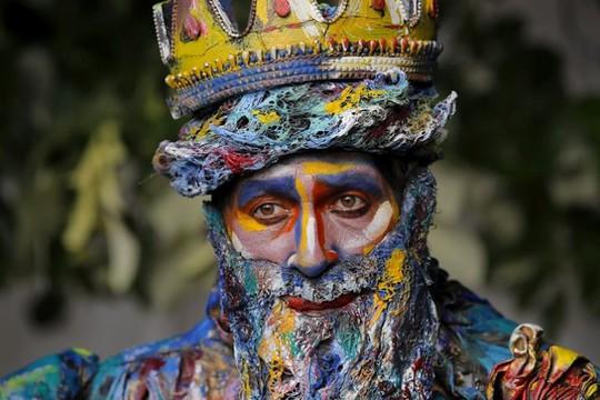 Đến Bucharest khám phá Lễ hội tượng sống đặc sắc - Ảnh 1.