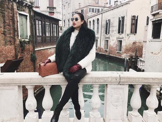Venice đẹp như giấc mơ trong loạt ảnh check-in của sao Việt - Ảnh 1.