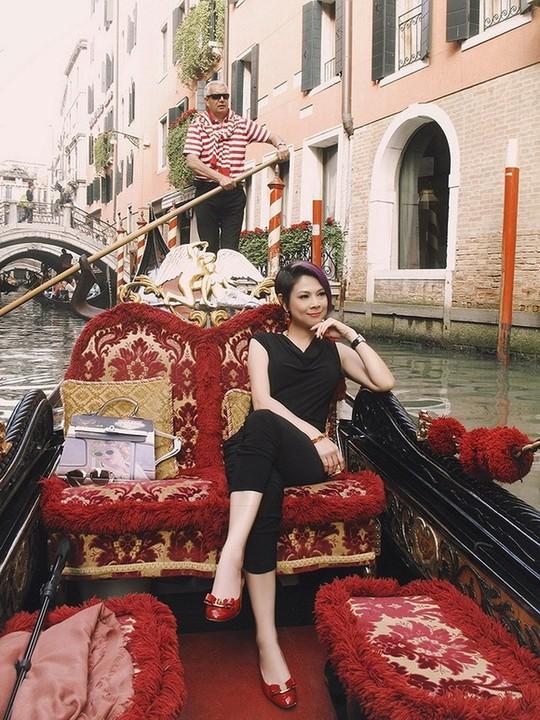 Venice đẹp như giấc mơ trong loạt ảnh check-in của sao Việt - Ảnh 7.
