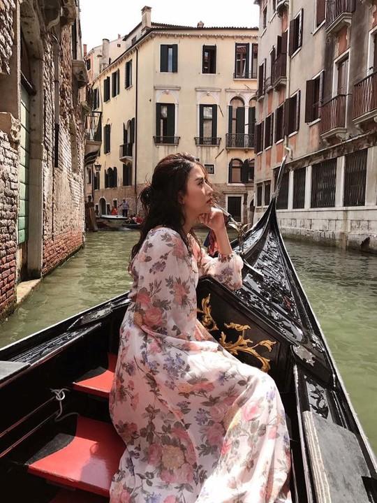 Venice đẹp như giấc mơ trong loạt ảnh check-in của sao Việt - Ảnh 10.