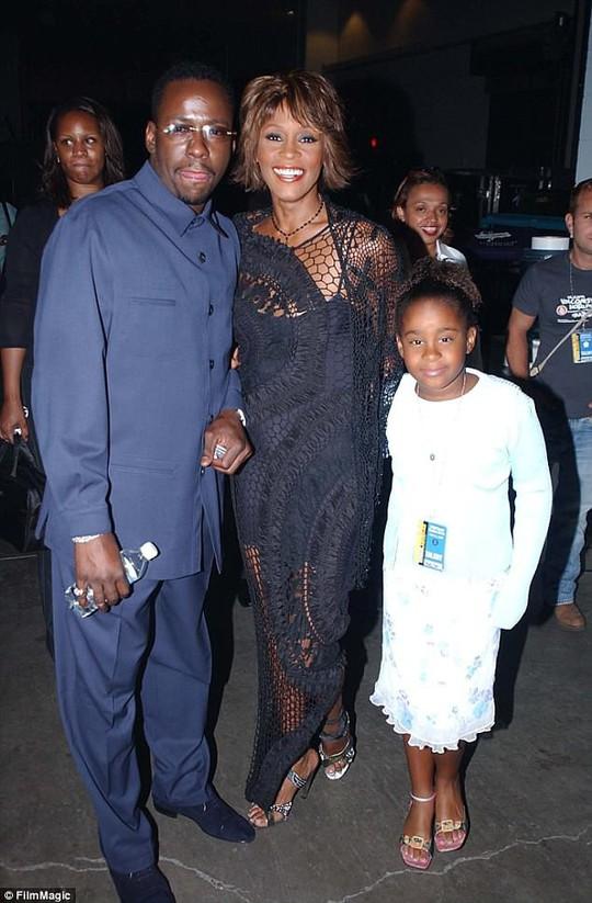 Kinh Thánh của Whitney Houston được rao bán hơn 2 tỉ đồng - ảnh 3