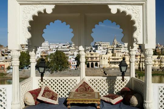 Thành bang bốn màu ở Ấn Độ - điểm đến rực rỡ cho mùa hè - Ảnh 7.