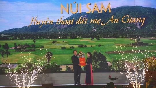Núi Sam sắp thành khu du lịch quốc gia, trung tâm văn hóa tâm linh - Ảnh 3.