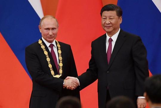 Chủ tịch Trung Quốc tặng ông Putin món quà độc nhất vô nhị - Ảnh 1.