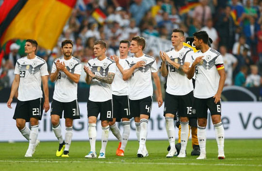 Xe tăng Đức càn phá, Ả Rập Saudi lập hat-trick thua - Ảnh 7.