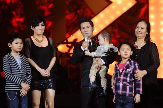 Hé lộ số tiền trợ cấp nuôi con của sao Việt sau ly hôn - Ảnh 2.