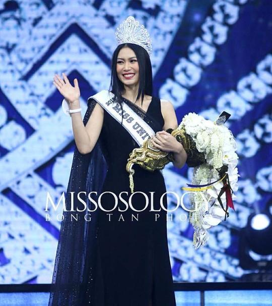 Nhan sắc Tân Hoa hậu Hoàn vũ Thái Lan gây tranh cãi - Ảnh 1.