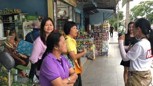 Người Lao Động tường thuật từ bệnh viện điều trị đội bóng mắc kẹt - Ảnh 9.
