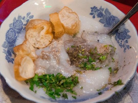 Gợi ý 10 tiệm ăn đêm nhộn nhịp sau 23 giờ ở Sài Gòn - Ảnh 7.
