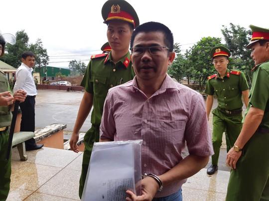Y án sơ thẩm Facebooker Trần Minh Lợi - Ảnh 1.