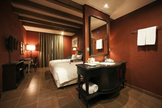 Mercure Danang French Village Bana Hills: Top khách sạn 4 sao hàng đầu Việt Nam - Ảnh 5.