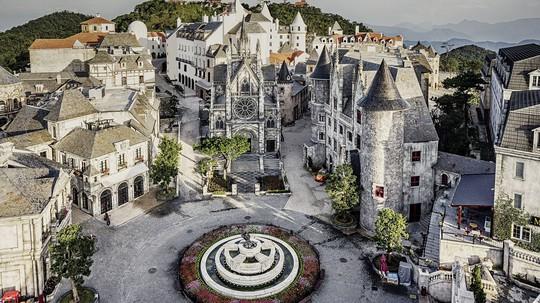 Mercure Danang French Village Bana Hills: Top khách sạn 4 sao hàng đầu Việt Nam - Ảnh 2.