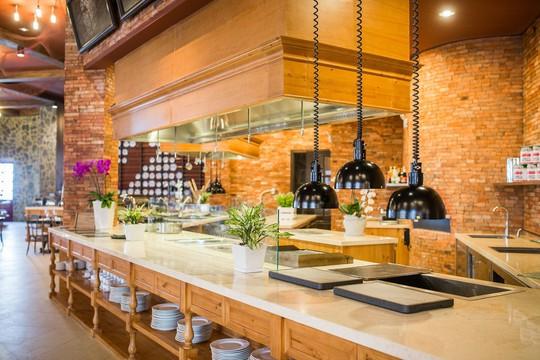 Mercure Danang French Village Bana Hills: Top khách sạn 4 sao hàng đầu Việt Nam - Ảnh 4.
