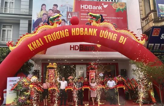 Mở rộng mạng lưới, HDBank khai trương 2 phòng giao dịch - Ảnh 2.