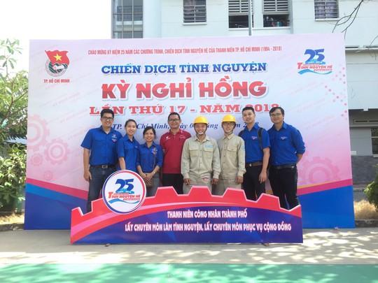 Đoàn Tổng Công ty Cấp nước Sài Gòn ra quân chiến dịch tình nguyện Kỳ nghỉ hồng 2018 - Ảnh 1.