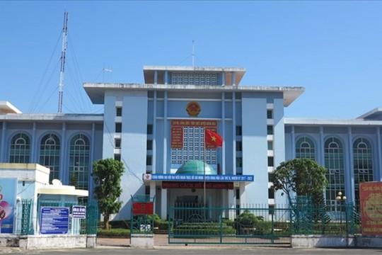 Phú Yên: Một chủ tịch huyện xin thôi chức - Ảnh 1.