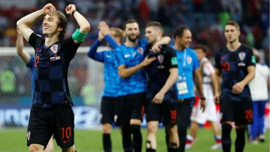 Thắng trận, Modric đả kích truyền thông Anh - Ảnh 1.