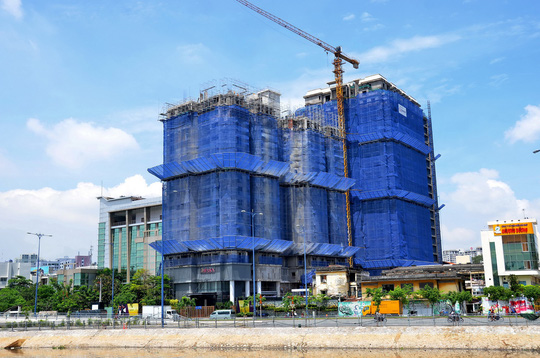 TP HCM: Không xây dựng cao ốc mới ở quận 1 và 3 đến năm 2020 - Ảnh 1.