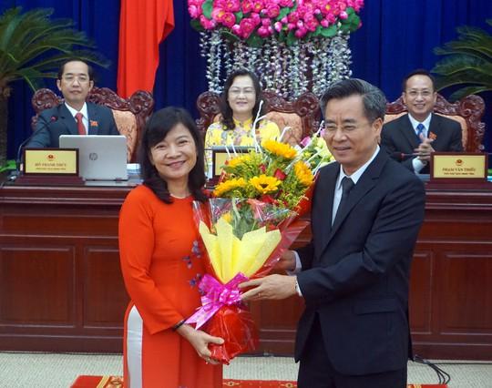 Nữ tiến sĩ được bầu làm phó chủ tịch UBND tỉnh Bạc Liêu - Ảnh 1.