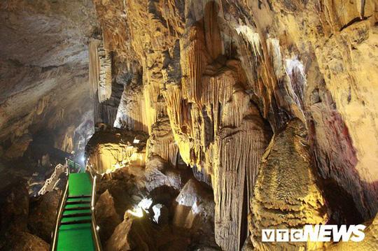 Bí ẩn vẻ đẹp kỳ ảo của hang động đẹp nhất miền Bắc - Ảnh 19.
