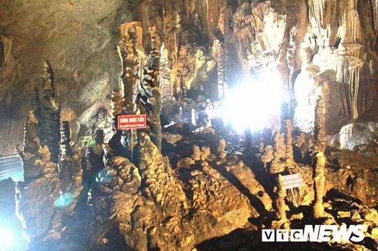 Bí ẩn vẻ đẹp kỳ ảo của hang động đẹp nhất miền Bắc - Ảnh 20.