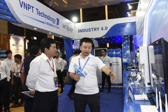 VNPT trình diễn nhiều sản phẩm giải pháp công nghệ 4.0 tại Industry Summit 2018 - Ảnh 3.