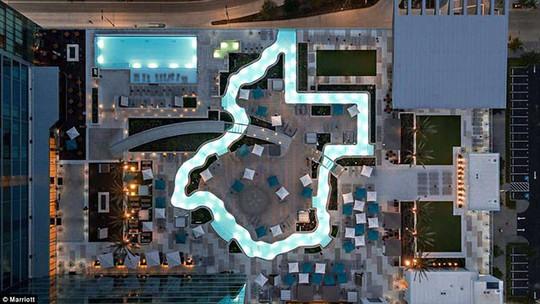 Choáng với những chiếc hồ bơi kỳ dị, lạ mắt - Ảnh 3.