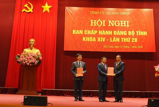 Bộ Chính trị điều động, luân chuyển 2 ủy viên dự khuyết Trung ương Đảng - Ảnh 1.