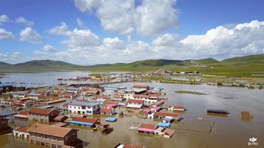 Lũ lụt Trung Quốc: Hàng chục người chết, thiệt hại 3,87 tỉ USD - Ảnh 1.