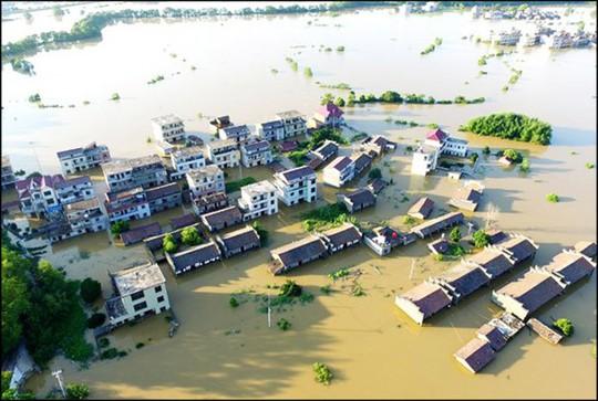 Lũ lụt Trung Quốc: Hàng chục người chết, thiệt hại 3,87 tỉ USD - Ảnh 3.