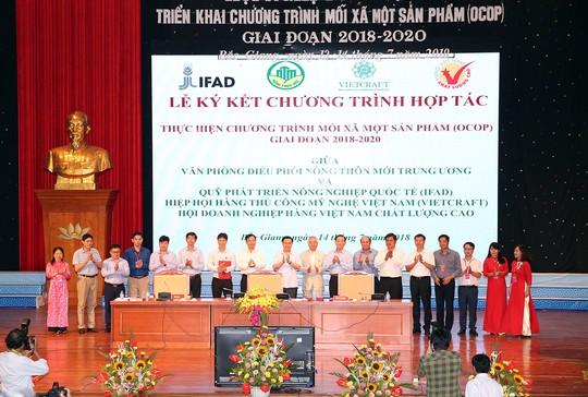 Phó Thủ tướng Vương Đình Huệ: Chương trình OCOP, hãy gắn sao vào lòng dân - Ảnh 3.