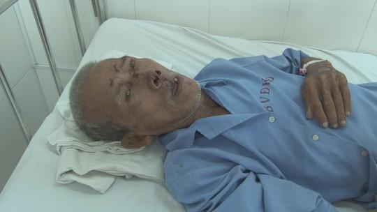 Tìm người thân của cụ ông 92 tuổi bị té bất tỉnh - Ảnh 1.