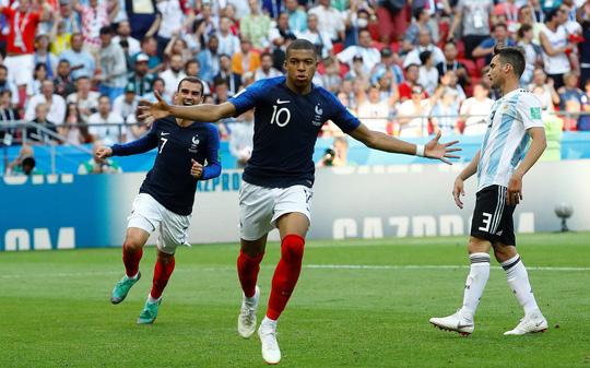 """Mbappe: Từ thần tượng Ronaldo thành """"Pele mới"""" - Ảnh 2."""