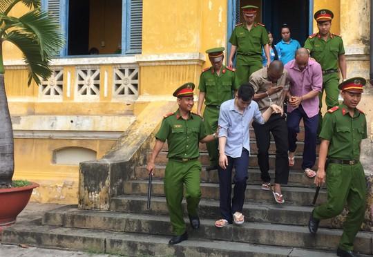 Qua Việt Nam huấn luyện băng nhóm chuyên lừa đảo quý bà - Ảnh 3.