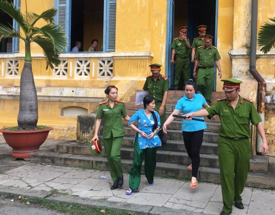 Qua Việt Nam huấn luyện băng nhóm chuyên lừa đảo quý bà - Ảnh 1.