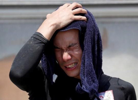 Vừa mưa lũ kỷ lục, Nhật Bản lại nắng nóng khủng khiếp - Ảnh 2.