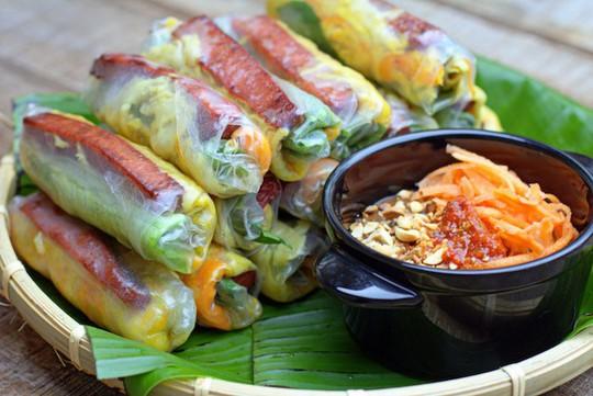10 món ăn vặt thần thánh ở Sài Gòn - Ảnh 2.