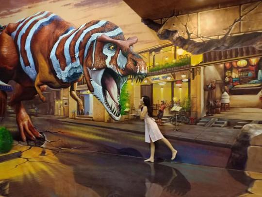Bảo tàng tranh 3D cuốn hút giới trẻ Sài Gòn - Ảnh 8.