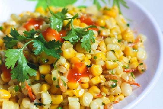 10 món ăn vặt thần thánh ở Sài Gòn - Ảnh 4.