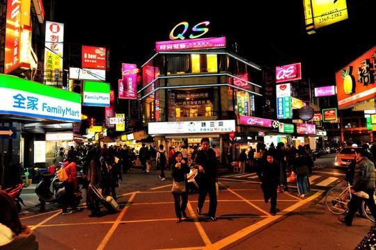 Những khu chợ đồ ăn đêm nức tiếng ở Đài Loan - Ảnh 5.